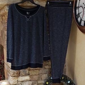 Warm * Cozy * Soft Joggers Outfit/Pajamas - XL